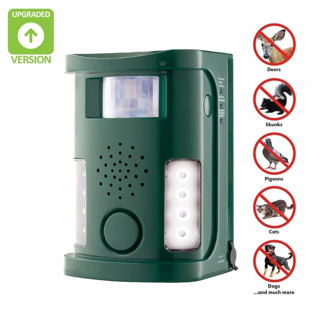 Hoont Powerful Electronic Outdoor/Indoor Animal, Rodent and Pest Repeller - Motion Activated [UPGRADED VERSION]