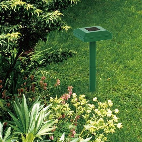 Bell and Howell Solar Mole Repeller